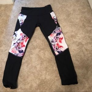 Calia by Carrie Underwood Workout leggings